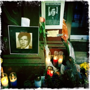 Leonard Cohen memorial at Chelsea Hotel Nov. 2016